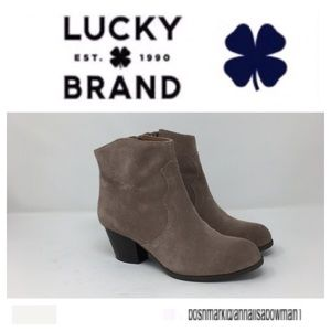 💙Lucky Brand Suede Ankle Booties size 7 1/2